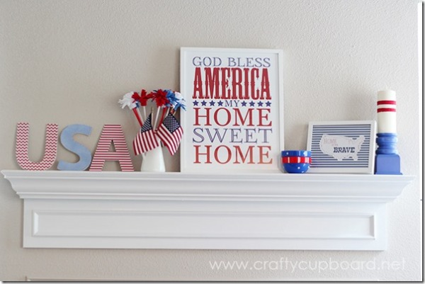The Crafty Cupboard Patriotic Mantle Decor_thumb[1]